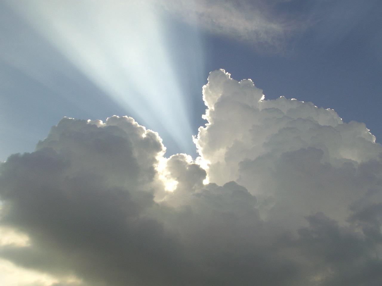 cloud-363075_1280