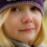 crying-572342_1280
