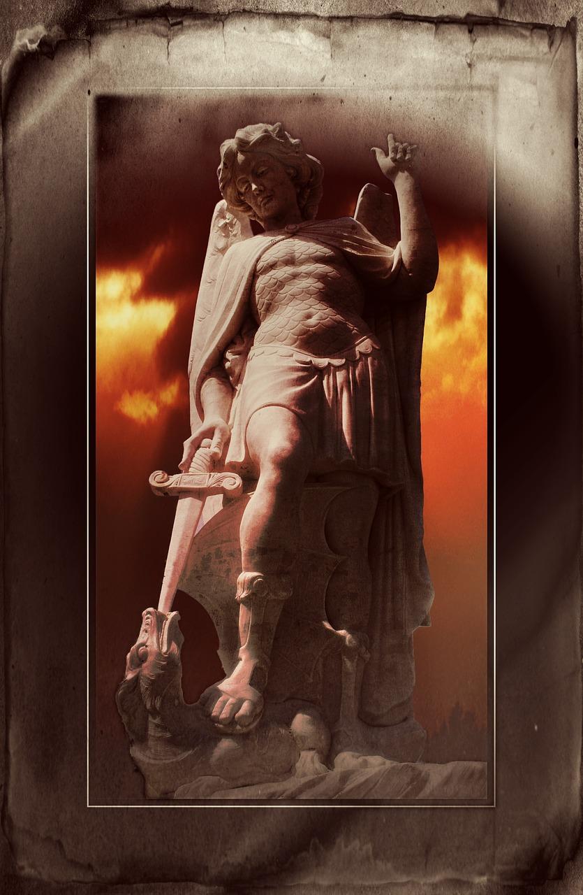 statue-517005_1280