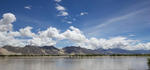 mountains-348543_1280