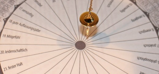 pendulum-242746_1280