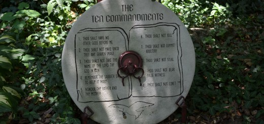 ten-commandments-187967_1920